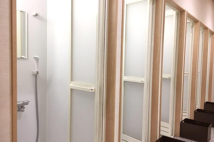 小山店のシャワールーム