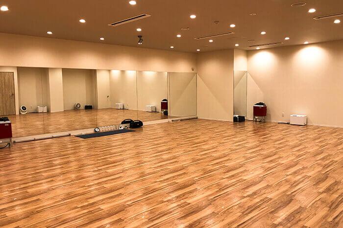 神戸三宮店のスタジオ