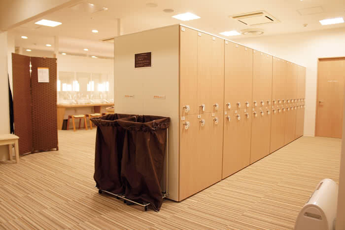札幌店のロッカールーム