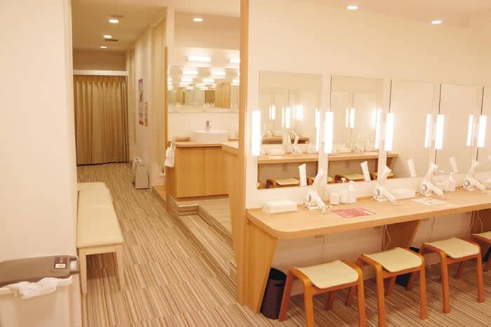 札幌店のパウダールーム