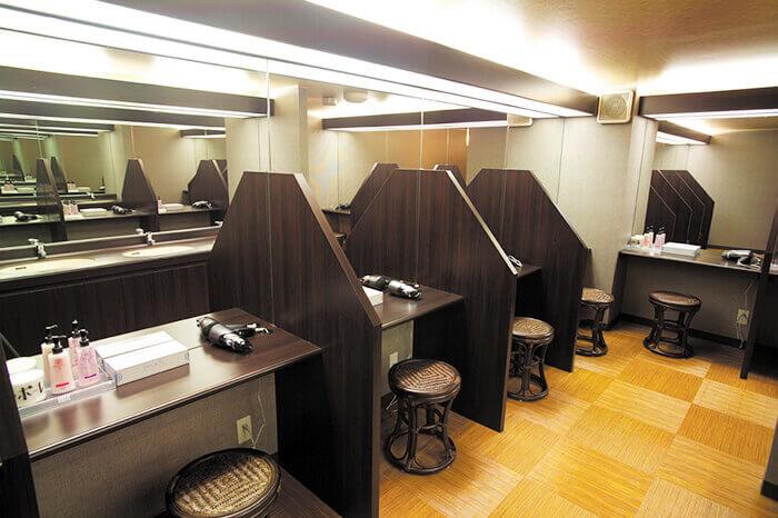 富山店のパウダールーム