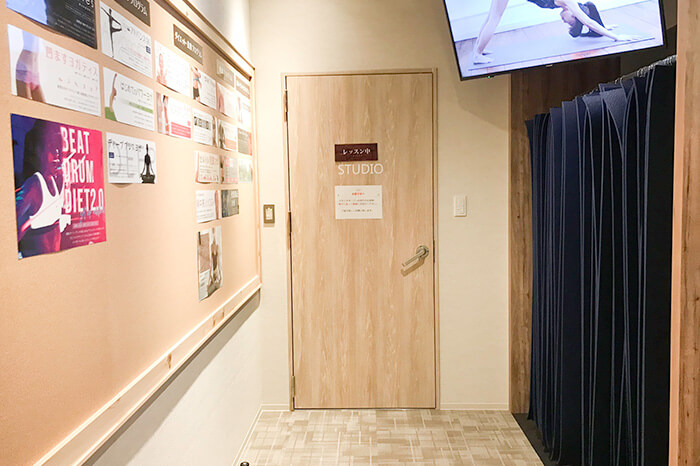 ゆめタウン姫路店のスタジオ前スペース